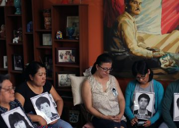 Kuczynski no logra detener la sangría en su entorno por el indulto a Fujimori