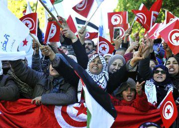 El Gobierno de Túnez promete nuevas ayudas sociales para aplacar las protestas