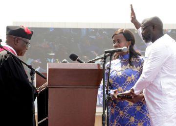 Weah, investido presidente de Liberia