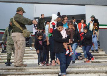 Más de 300 migrantes centroamericanos al borde de la asfixia, rescatados en México