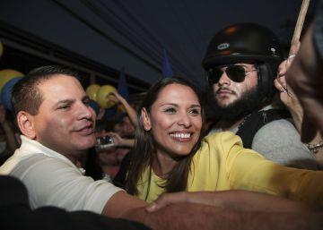 Un predicador envangélico gana la primera vuelta de las elecciones en Costa Rica