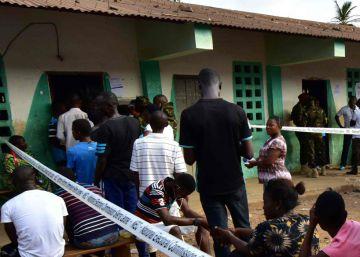 Sierra leona elige al presidente que deberá reconstruir el país