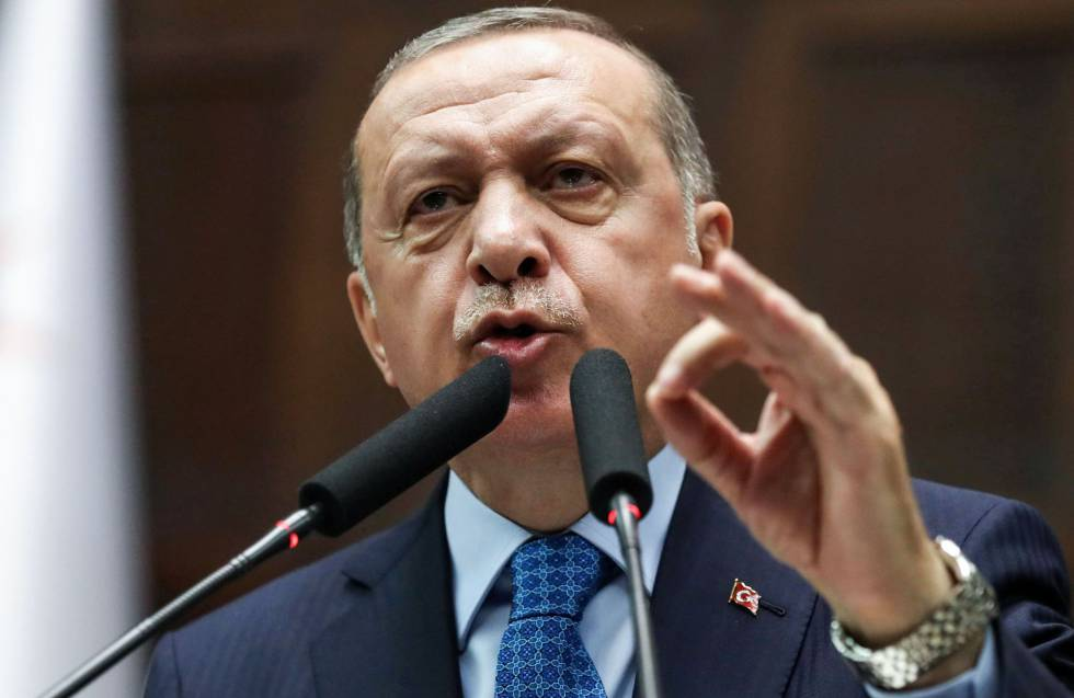 Erdogan adelanta año y medio las elecciones legislativas y presidenciales de Turquía