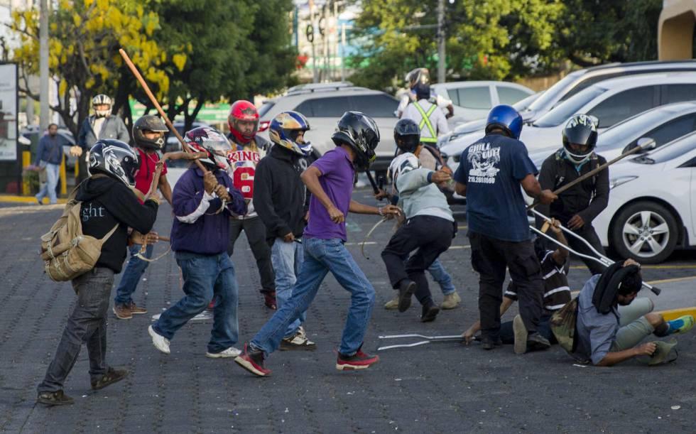 Ocho heridos en las protestas contra la reforma de la Seguridad Social en Nicaragua
