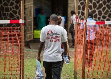 Comienza la vacunación contra un ébola fuera de control en Congo