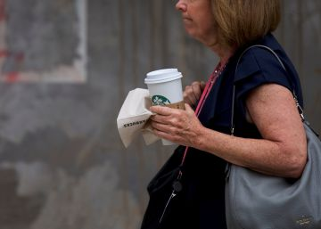 Cuatro horas sin Starbucks por un taller antirracial