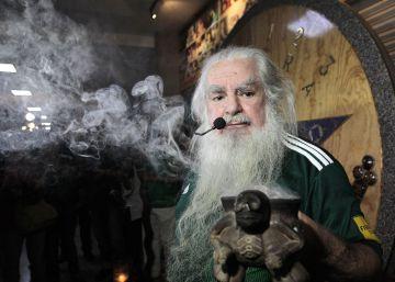 El ?Brujo Mayor? pide fuerza a los ?dioses? para que México triunfe en el Mundial 2018