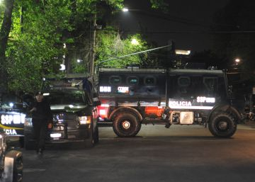 Hallados dos cuerpos desmembrados y una narcomanta en Ciudad de México