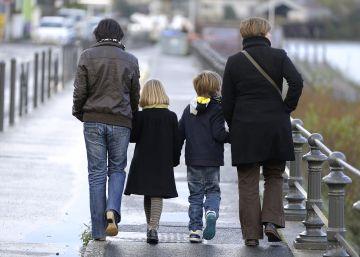 Relevada la funcionaria francesa que afirmó que las parejas gais solo deberían adoptar ?niños atípicos?