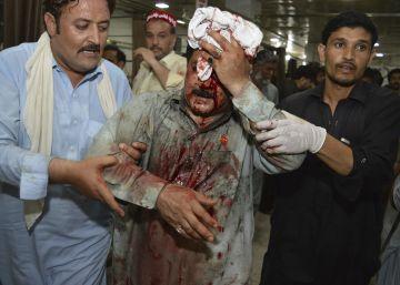 Al menos 12 muertos en un atentado suicida en un mitin en Pakistán a dos semanas de las elecciones