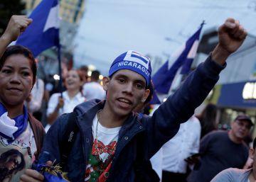 Nicaragua se echa a la calle para protestar contra Ortega