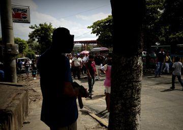 El bastión rebelde de Monimbó resiste el asedio de los paramilitares de Ortega