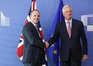 La UE debate su respuesta al plan del Brexit de May en un clima de creciente inquietud