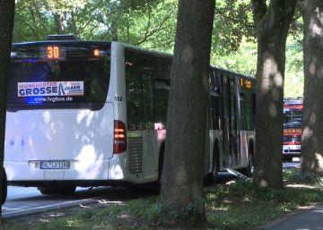 Al menos ocho heridos en un ataque con cuchillo en un autobús en Alemania