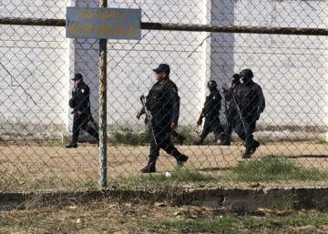 Dos destacados reos mexicanos se fugan disfrazados de guardas de un penal en Sinaloa