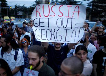 Rusia marca el paso a Georgia diez años después de la guerra