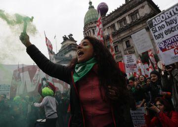 Las jóvenes argentinas lideran en las calles la lucha a favor del aborto