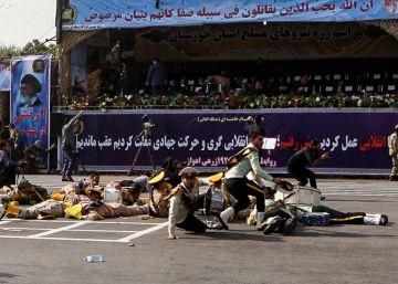 Al menos 24 personas, la mayoría militares, mueren en un atentado en Irán
