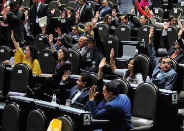 Se busca oposición en México