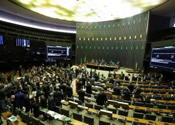 La ?ola Bolsonaro? lleva a Brasil a su Congreso más conservador desde el fin de la dictadura