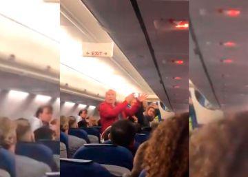 KLM echa de un vuelo a una pareja de españoles al ser incapaces de comunicarse en inglés