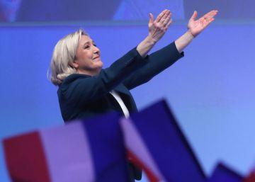 La crisis de los 'chalecos amarillos' refuerza a la ultra Le Pen ante Macron