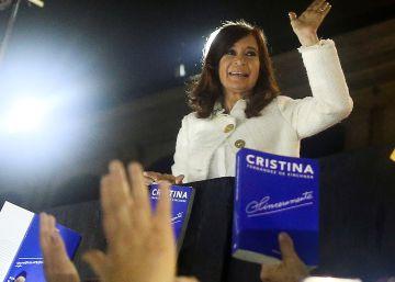 Fernández de Kirchner se postula como candidata a vicepresidenta en Argentina