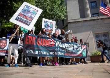 La justicia de EE UU rechaza imputar al policía que asfixió a Eric Garner