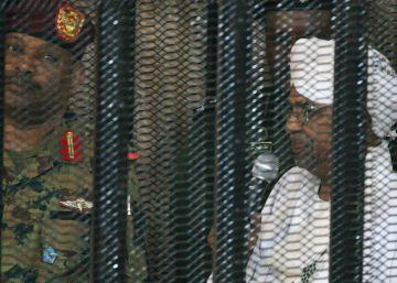 El expresidente de Sudán comparece ante la justicia por ?corrupción?