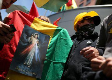 Bolivia se divide por los símbolos nacionales