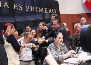 El partido gobernante y la oposición chocan por la elección de la nueva ómbudsman de México