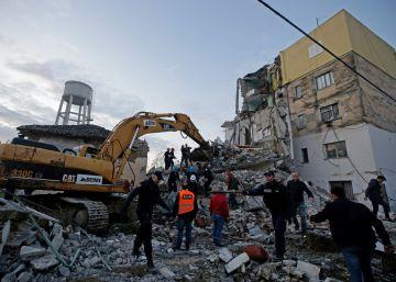 Un terremoto de magnitud 6,4 en Albania deja al menos 15 muertos y centenares de heridos