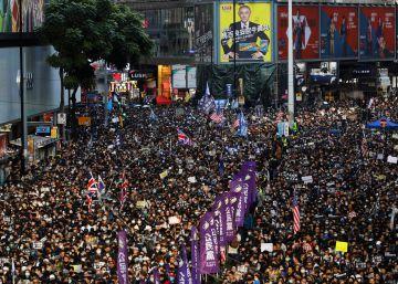 Hong Kong se echa de nuevo a la calle en una de sus mayores manifestaciones
