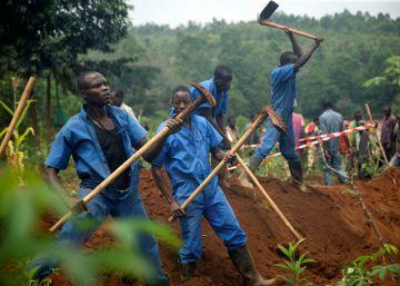 El Gobierno de Burundi encuentra 6.032 cadáveres de la etnia hutu en seis fosas comunes