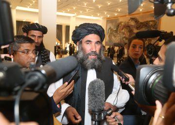 EEUU firma un acuerdo con los talibanes para sacar a sus tropas de Afganistán antes de 14 meses