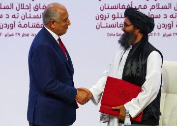 EE UU firma un acuerdo con los talibanes para sacar a sus tropas de Afganistán antes de 14 meses