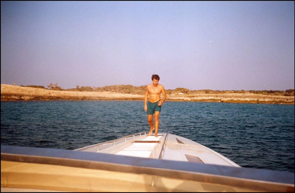 El presidente de la Xunta Nuñez Feijóo en el yate del contrabandista Marcial dorado en Ibiza, en 1995.
