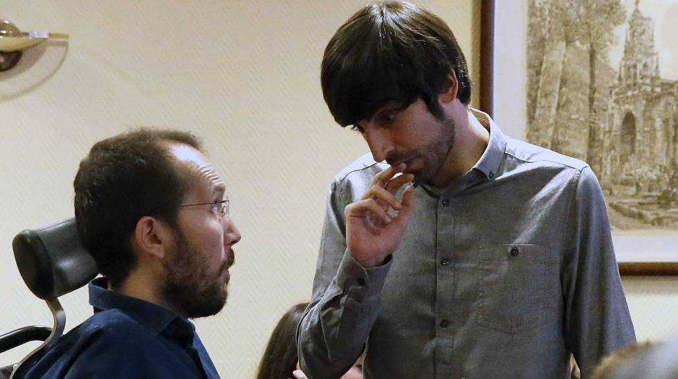 Spanish Politics Podemos Grassroots Rejects Doing Deal With