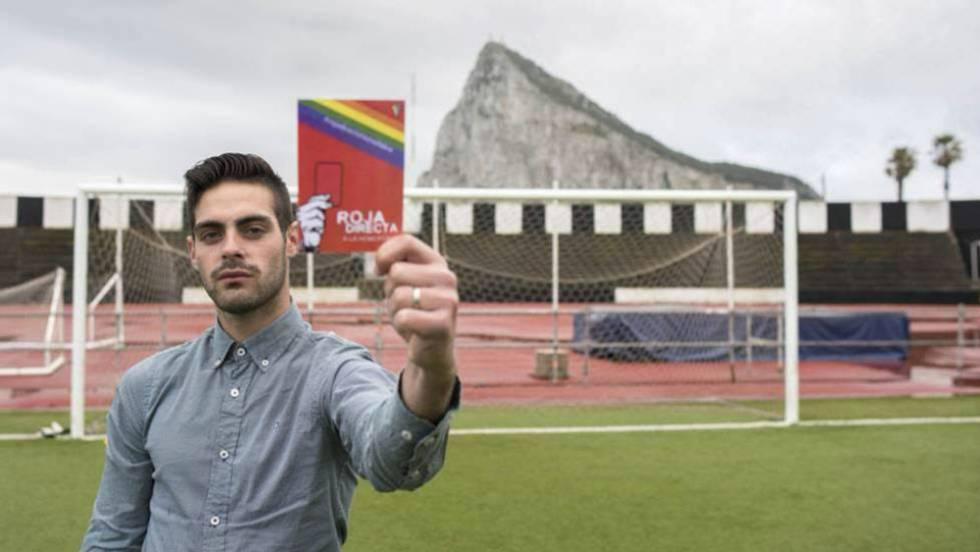 Jesús Tomillero: El primer árbitro abiertamente gay está bajo protección  policial por nuevas amenazas de muerte   España   EL PAÍS