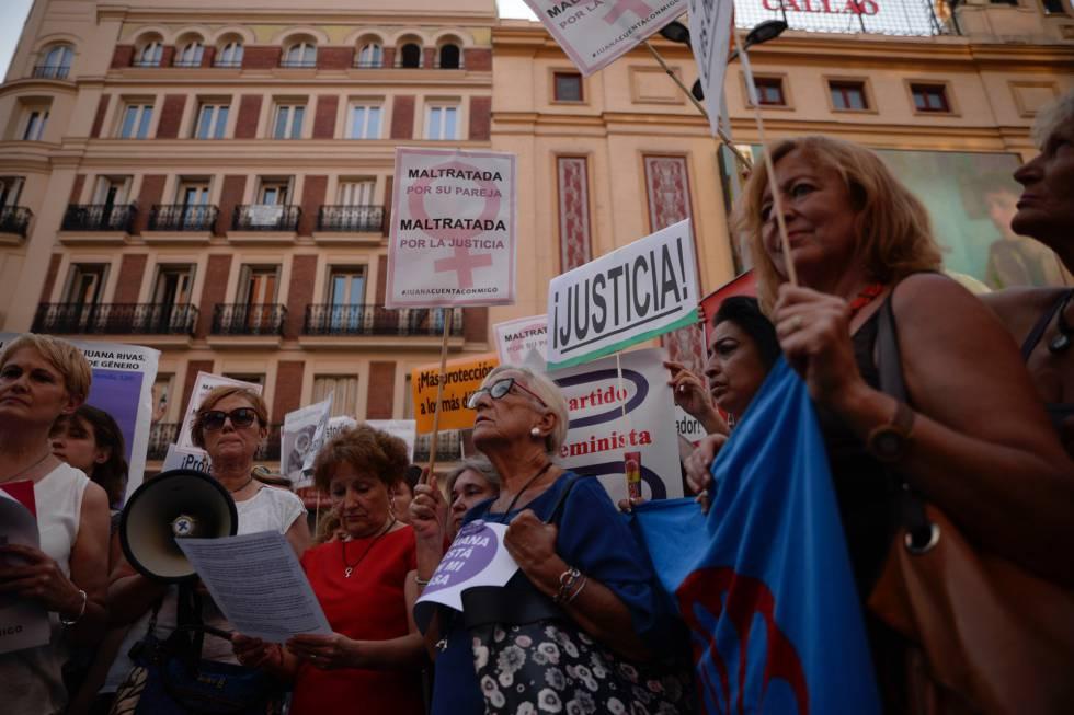 Juana Rivas se plantea entregarse para no perder a sus hijos