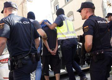 Dos jueces investigan la muerte de dos detenidos en los calabozos de la policía nacional en Motril