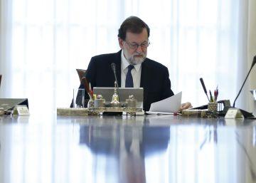 El Gobierno dice que aplica el artículo 155 para garantizar la ?neutralidad institucional? en Cataluña