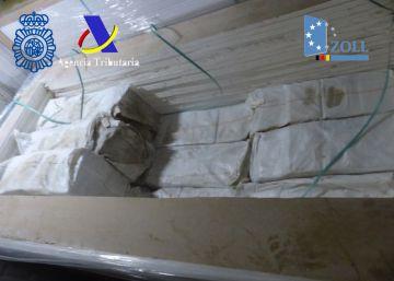 Intervenida en Algeciras más de una tonelada de cocaína oculta en yeso