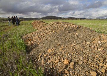 García-Page entierra el único proyecto minero de tierras raras de España