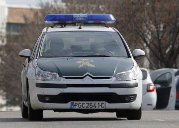 Muere un atracador en un tiroteo con la Guardia Civil en Sevilla