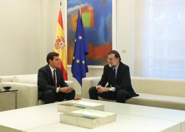 Rajoy y Rivera eluden enfrentarse por Cataluña durante su reunión en La Moncloa