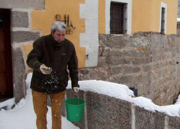 Un nuevo frente más activo mantiene a 12 provincias en alerta por nieve
