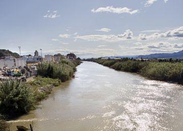 El hombre hallado flotando en el río Júcar en Valencia falleció de forma natural, según los primeros indicios