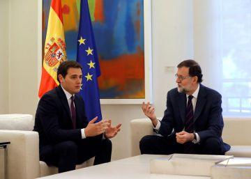 Rajoy rechaza la intervención preventiva de Cataluña que exige Rivera