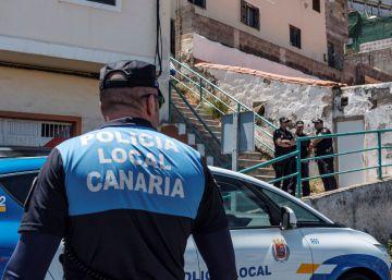 Rescatado el cádaver de una mujer apuñalada tras una explosión en su casa de Las Palmas